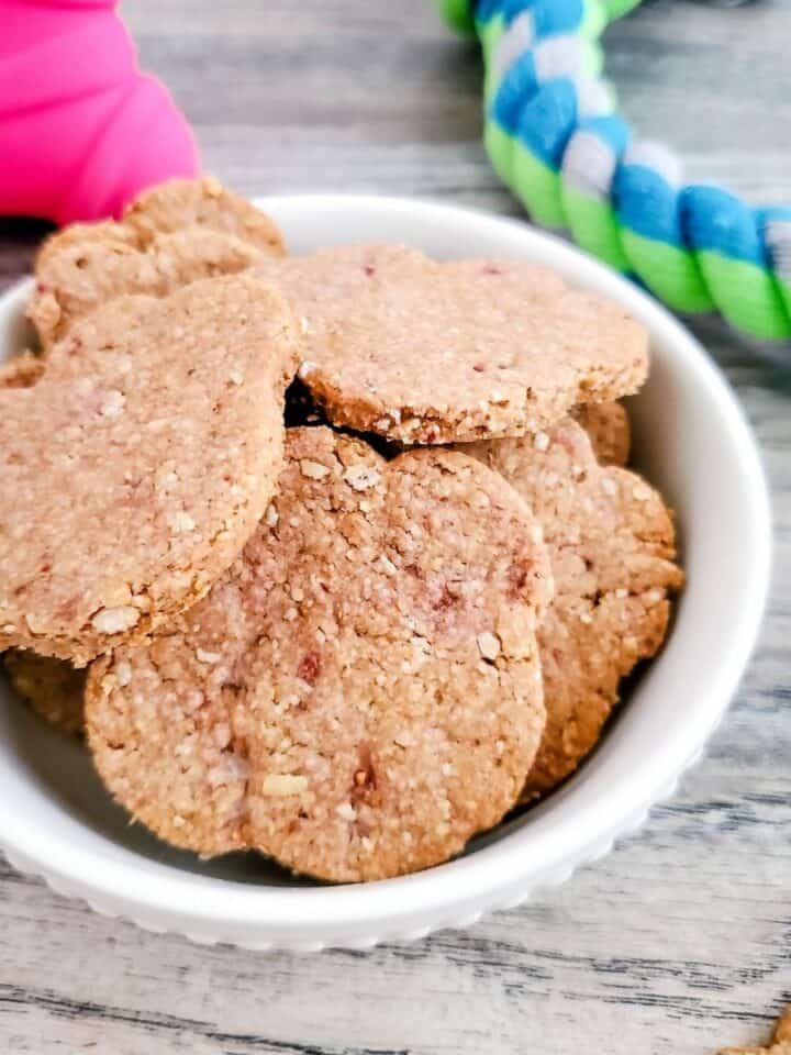 strawberry oatmeal dog treats